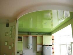 Практичные натяжные потолки